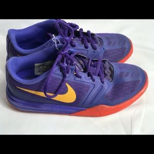 Nike Kobe Mamba Youth Basketball Shoes